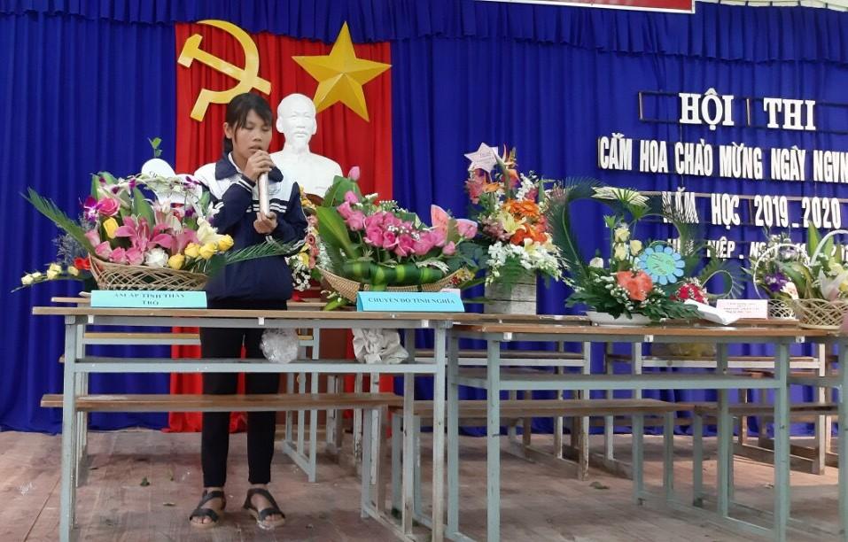 Hội thi cắm hoa chào mừng ngày Nhà giáo Việt nam 20/11